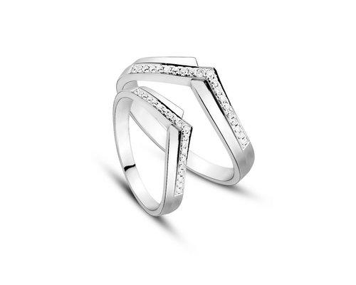 行行行珠宝推四款钻石情侣对戒献礼七夕节
